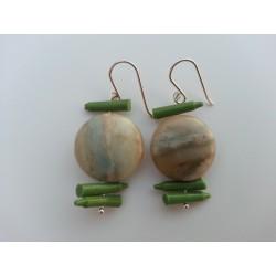 Pendiente de silicona verde y piedra